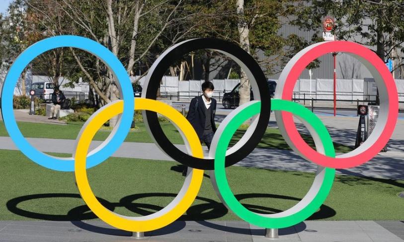 Suga promete seguir adelante con Juegos Olímpicos de Tokio en discurso político