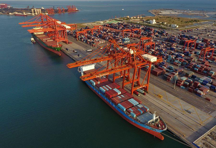 China da a conocer nuevas medidas para mantener estables comercio exterior e inversión
