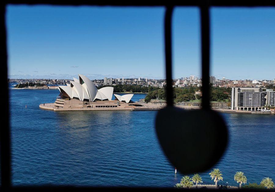 China emite alerta sobre riesgos de estudiar en Australia