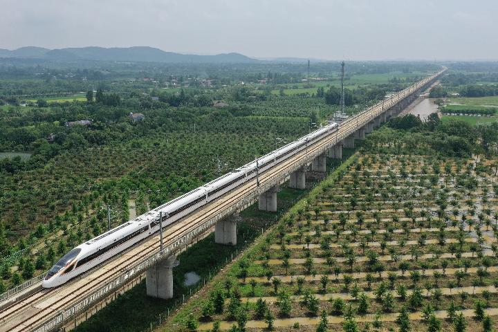 Xi destaca construcción de Xinjiang con socialismo con características chinas en la nueva era