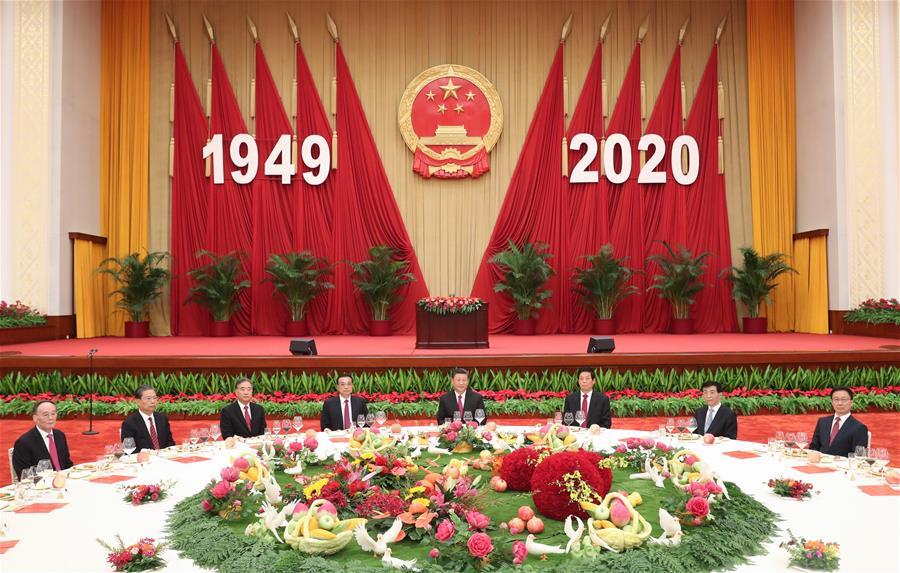 Consejo de Estado de China realiza recepción con motivo del Día Nacional