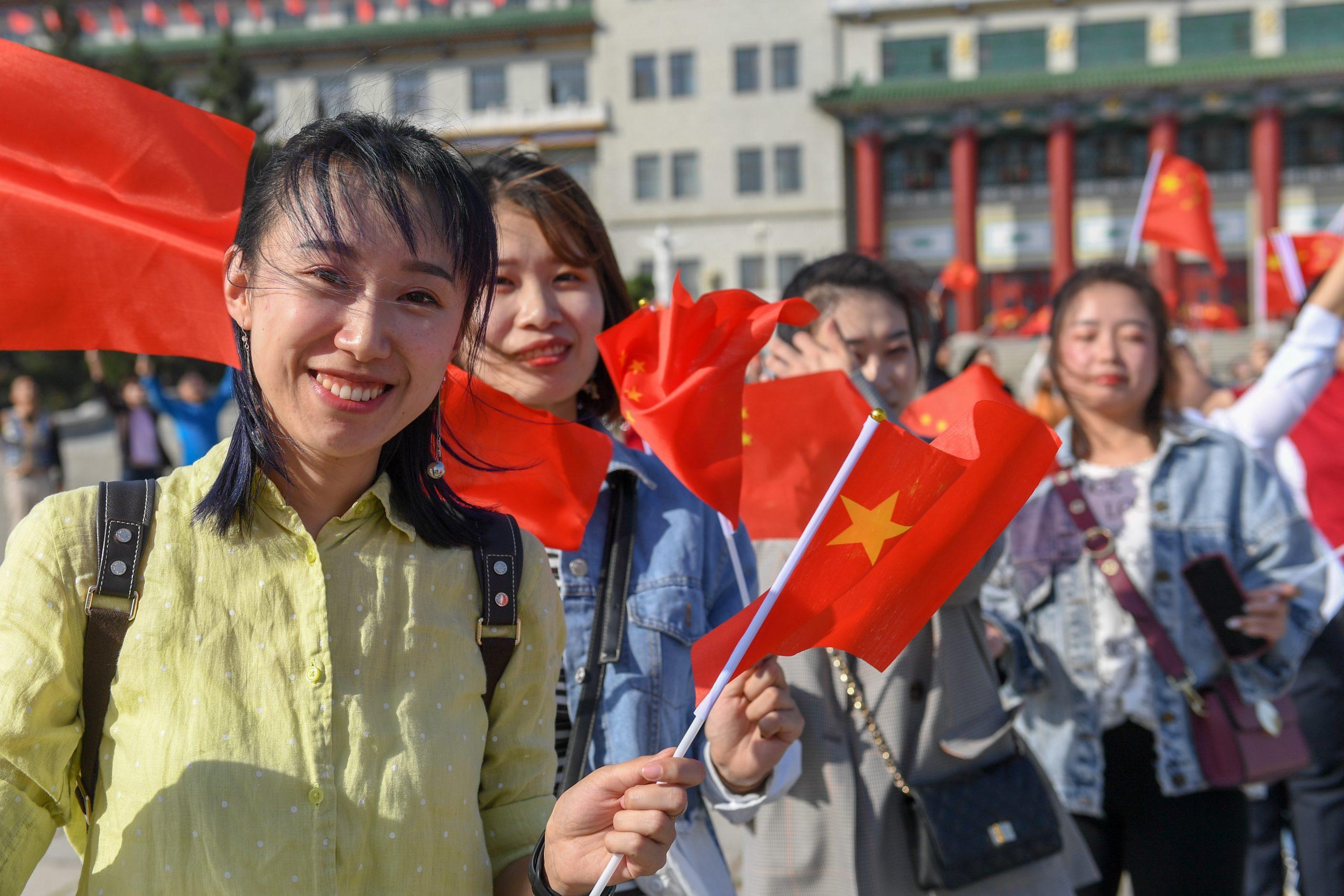 China lanza campaña para fortalecer regulación de contratos en sector de educación extraescolar