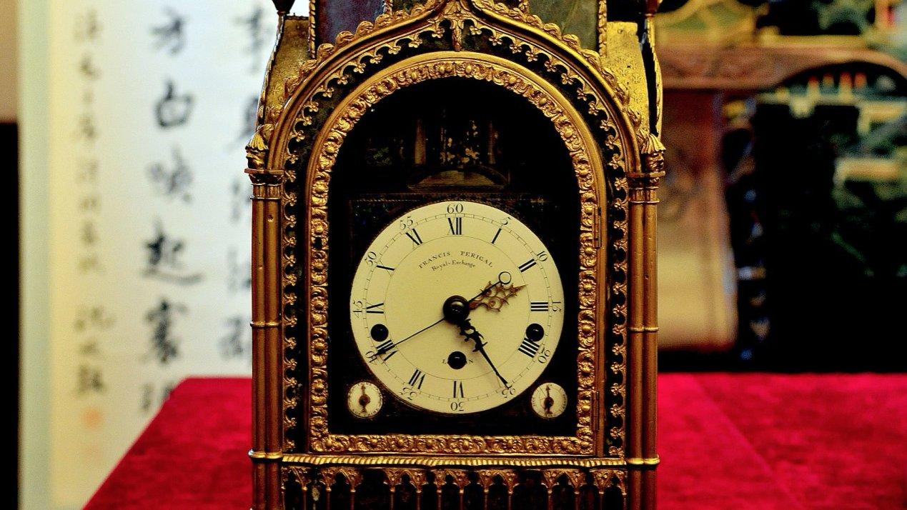 Museos del palacio en Beijing y Shenyang se unen para reparar relojes antiguos