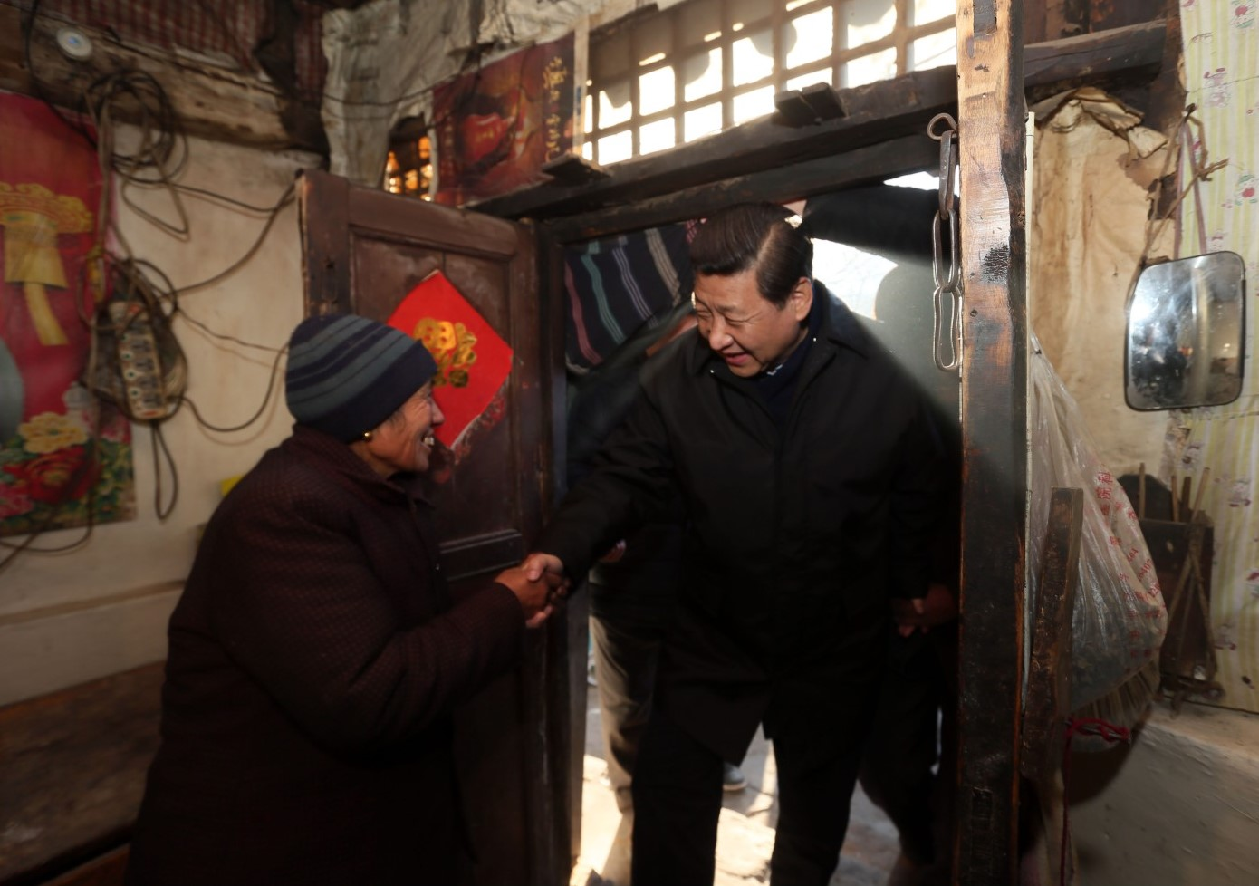 Xi detalla medidas chinas para eliminar la pobreza absoluta
