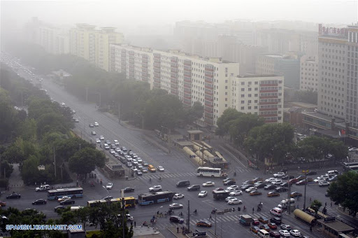 China se prepara para vientos cargados de arena