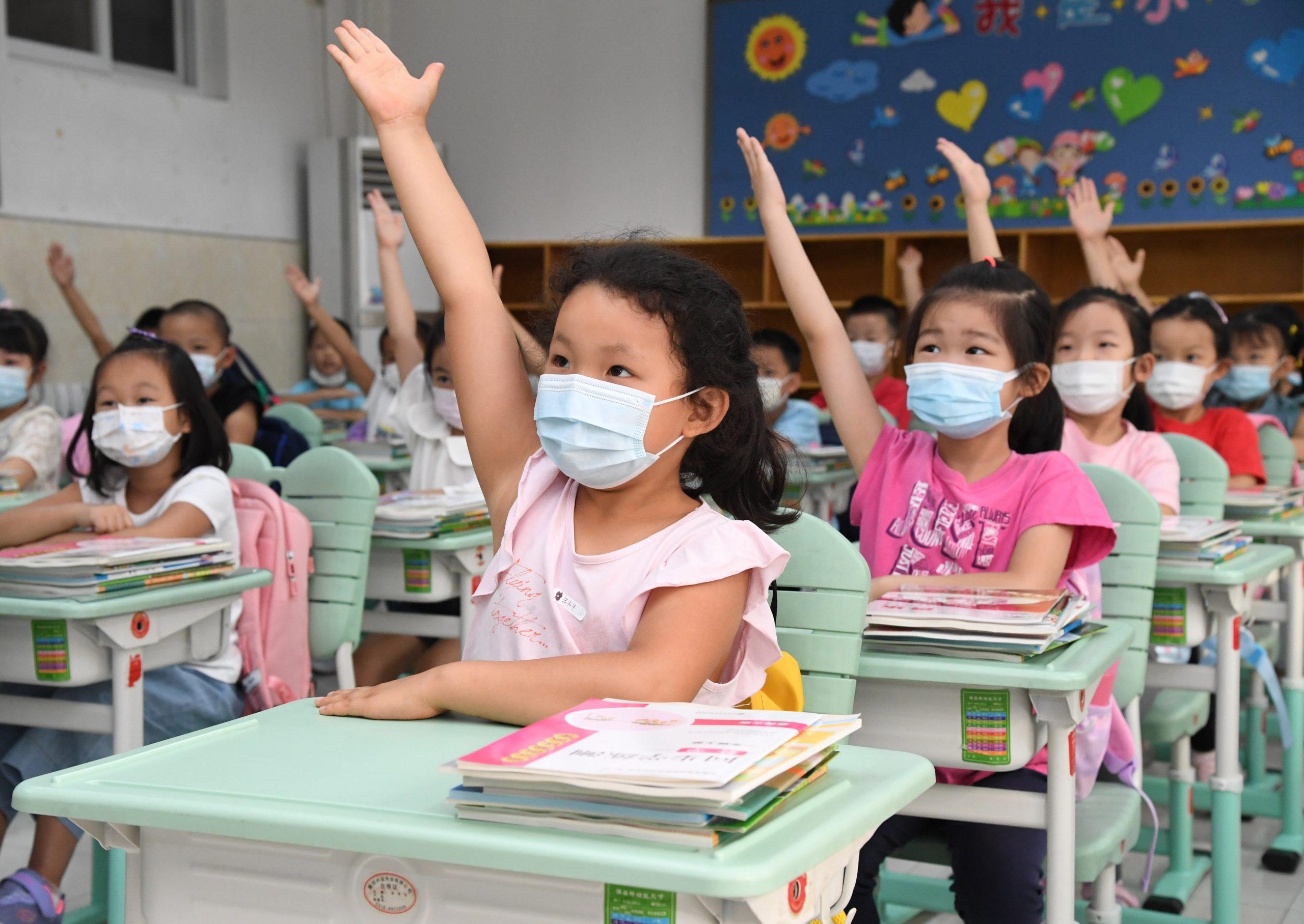China gasta más de 5,3 billones de yuanes en educación en 2020