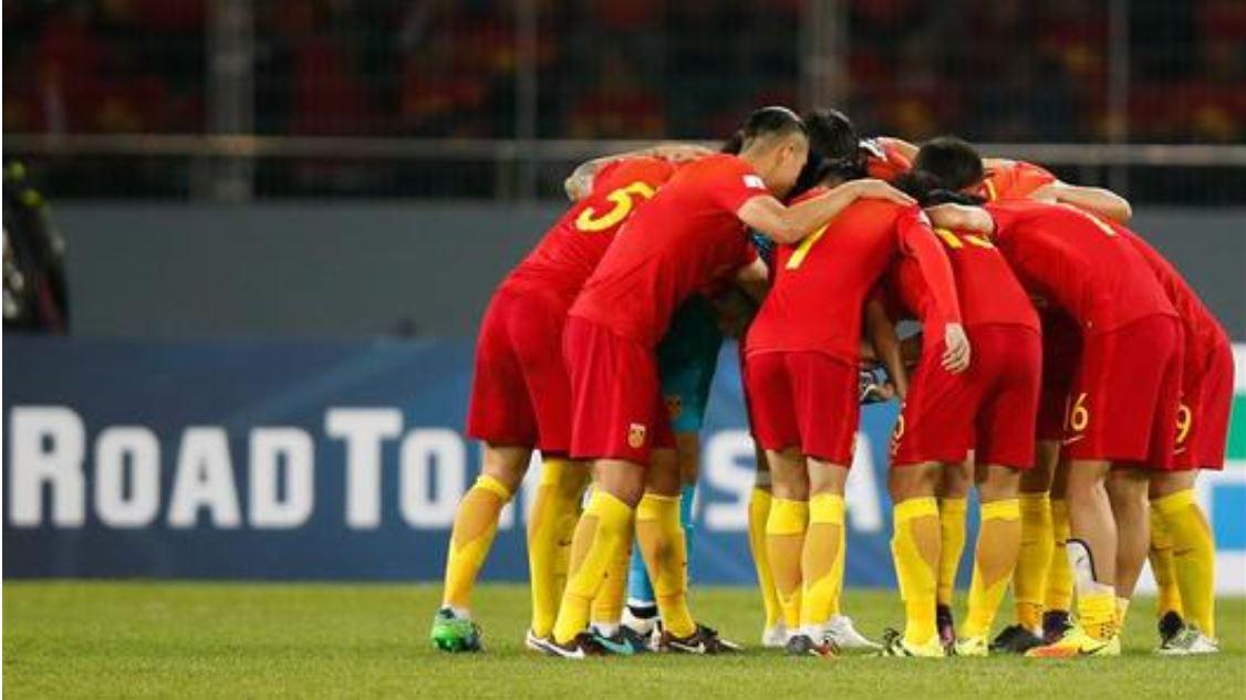 Preocupa a entrenador en jefe de selección de fútbol de China desempeño de jugadores