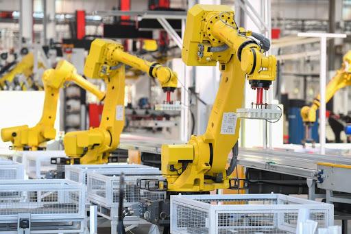 Sector de maquinaria de China registra crecimiento estable en enero-abril