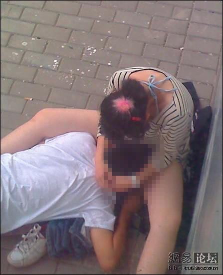 china-kids-having-sex-outside-window-09