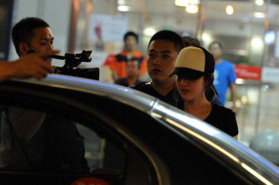 Guo Meimei at the Beijing Capital International Airport.