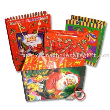 Paper Gift Bag with Christmas Theme and Matte Lamination