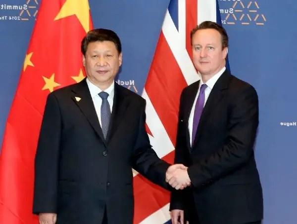 Le président chinois Xi Jinping et David Cameroun, Premier ministre britannique