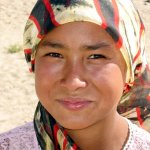 Jeune fille Ouighour Xinjiang (Wikipedia)