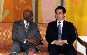 Les présidents Abdoulaye Wade et Hu Jintao, le 13 février 2009