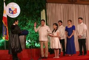 Intronisation de Rodrigo Duterte, président des Philippines