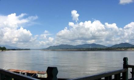 Dépendance et colère au menu pour Ang San Suu Kyi