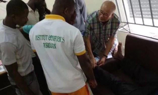 La démonstration de massage chinois s'ouvre à l'Institut Confucius d'Abidjan