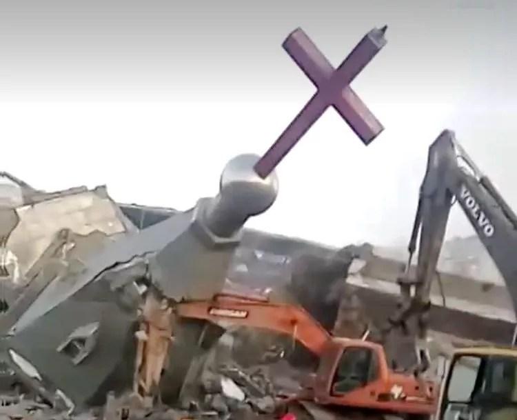 Une grande église protestante dynamitée