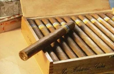 La Chine férue de cigares cubains