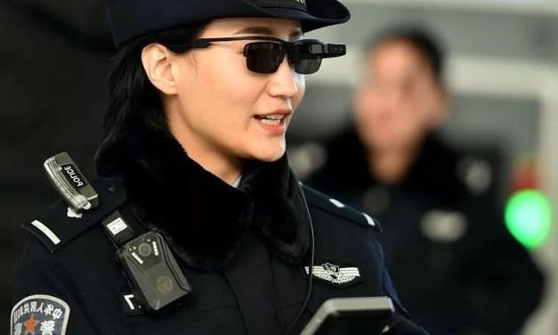 La police vante les mérites des lunettes à reconnaissance faciale