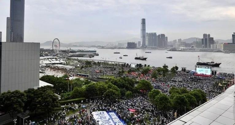 Des milliers de hongkongais ont appelé Washington à l'aide