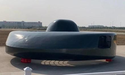 Donald Trump veut une évaluation du risque sur les drones chinois dans la flotte US