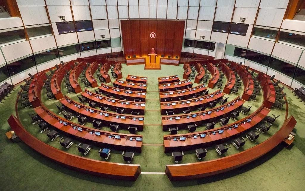 Un nouveau comité électoral «réservé aux patriotes» élit à Hong Kong
