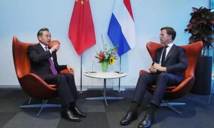 Aux Pays-Bas, la Chine parait pour la reprise économique mondiale