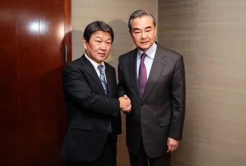 La Chine met en garde le Japon contre l'imposition de sanctions contre le Xinjiang