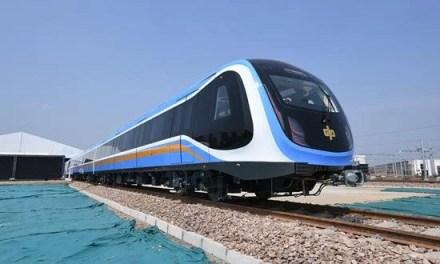 La première rame de métro «Made by China» sort d'une chaîne de montage