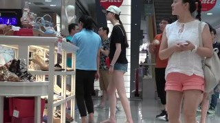 Candid tall chinese girl feet
