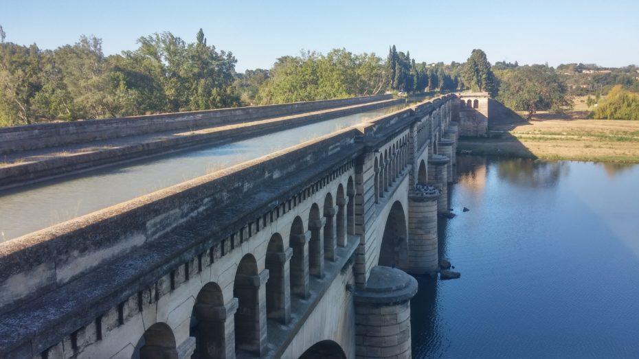 Pont-Canal a Béziers, sopra passa il canal du MIdi e sotto il fiume Orb