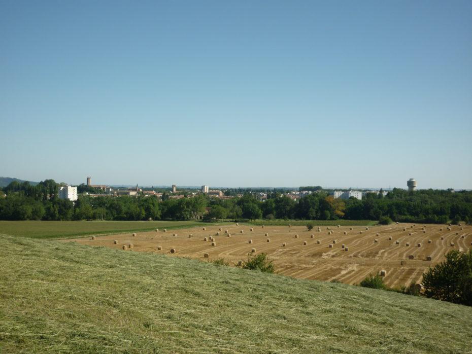 Città di Pamiers vista dalla vicina collina