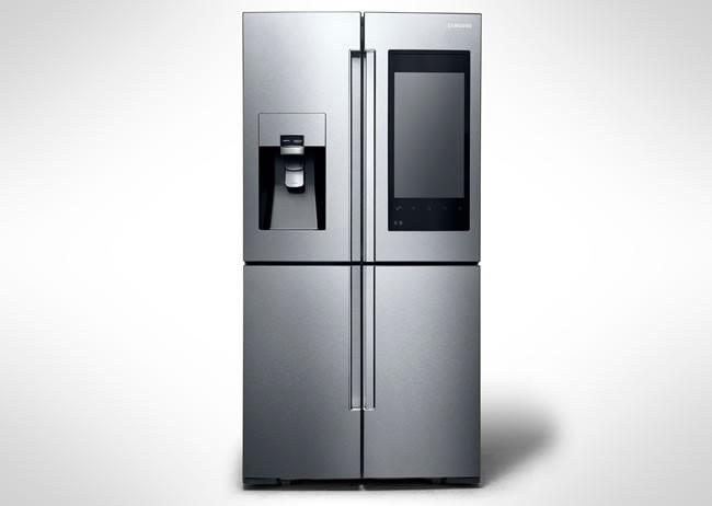 Samsung'dan büyük ekran ve kameralı buzdolabı