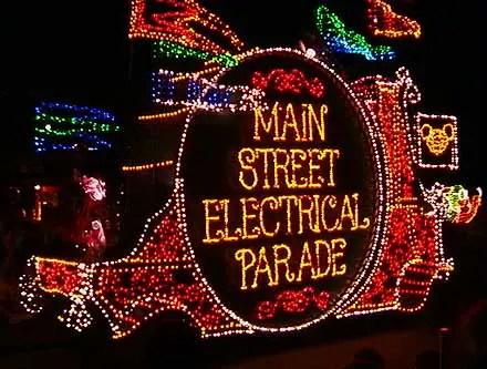 Classic Disney - Main Street Electrical Parade 1999 1