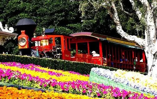 Maintaining the Disneyland Railroad 1
