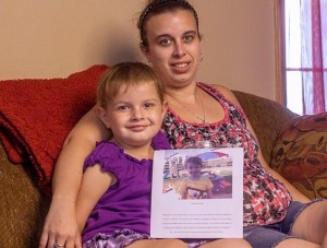 Mother raises enough to take cancer survivor McKenna May, 4, to Disney World 1