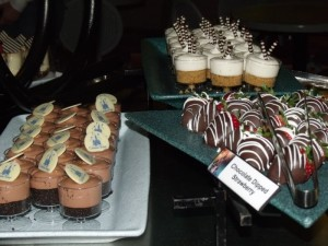 Tomorrowland Terrace Fireworks Dessert Party is Delicious Fun For Everyone! 2