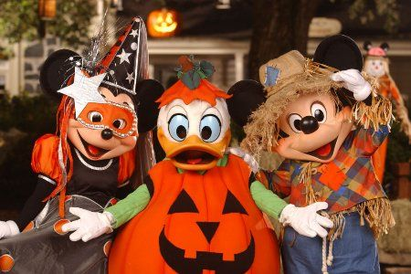 can you believe that mickeys not so scary halloween party will return to magic kingdom park next month this years parties which celebrate halloween with