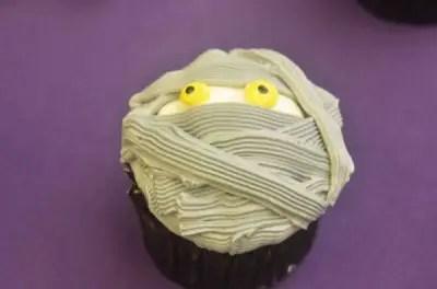 MNSSHP Treats Mummy Cupcake