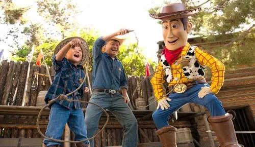 Chase Visa 2015 Disneyland Offer