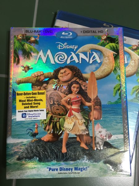 """Cast Your Nets! The """"Moana"""" Blu-Ray Review Is Here! 1"""