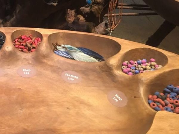Build Your Own Na'vi Necklace in Pandora - The World of Avatar 3