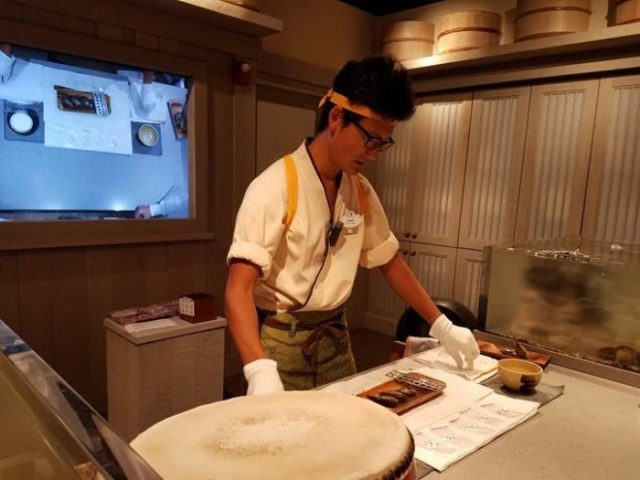 Check Out Pick-a-Pearl's New Location Within the Japan Pavilion 1