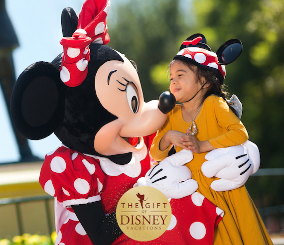 Give The Gift of a Disneyland Vacation with New Holiday Offer 1