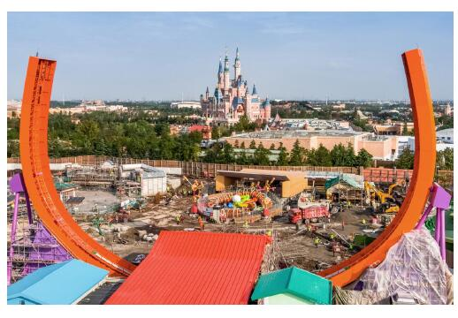 Toy story land shanghai opening date