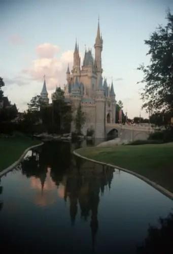 Disney World extends February hours