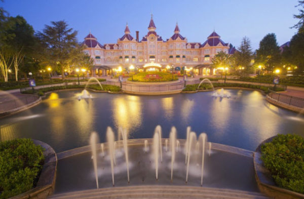 Nothing is More Romantic Than Spending Valentine's Day at Disneyland Paris 4