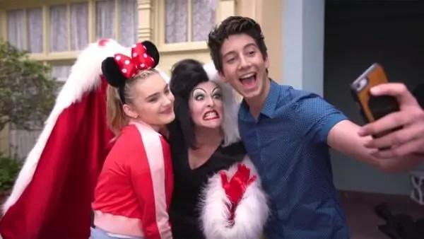 ZOMBIES stars visited Disney World