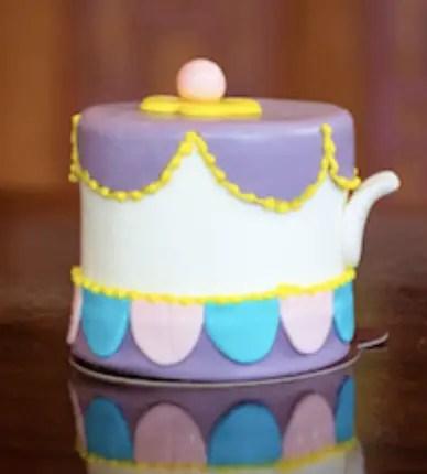Mrs. Potts petite cake from Amorettes
